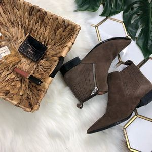 Sigerson Morrison Flat Ankle Booties